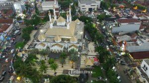 4 Masjid Tertua di Indonesia, Mulai Masjid Saka Tunggal hingga Masjid Agung Demak
