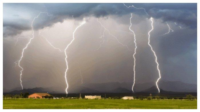 Info BMKG: Peringatan Dini Rabu 15 Juli 2020, Waspada Cuaca Ekstrem di Sejumlah Wilayah