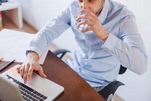 Ketahui Penyebab Dehidrasi dan Bahayanya Berikut Ini