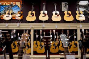 Tips Memilih Alat Musik di Online Shop Terpercaya
